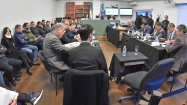 El juicio por la causa El Embrujo sigue en la Oficina Judicial de Rawson. Ayer brindaron testimonios testigos d ela defensa de los imputados.