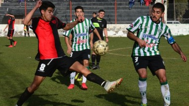 Germinal, vigente campeón, recibirá a Independiente a partir de las 15:30 en el Fortín. Daniel Quevedo, el referí.