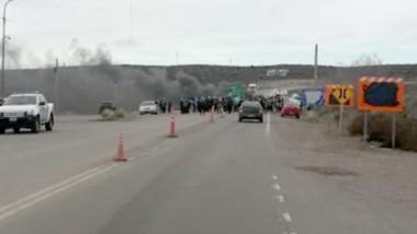 La medida que se llevó a cabo en plena ruta divisoria entre la provincia de Chubut y la de Río Negro.