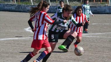 Germinal, líder de la Zona Repechaje, visita a Deportivo Roca. El encuentro no tiene fecha de disputa.