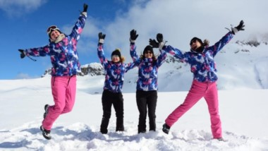 El complejo de esquí ubicado a 25 km de El Bolsón sigue mostrando sus mejores condiciones para el esquí