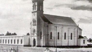 Rawson histórico. La iglesia catedral es uno de los símbolos arquitectónicos de la capital de Chubut.