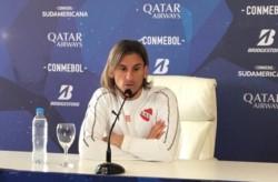 Sebastián Beccacece tomó la decisión de separar a Pablo Pérez y Nicolás Domingo.