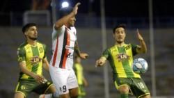El conjunto de Paraná rescató un empate ante Aldosivi y sigue prendido en la lucha en este inicio de Superliga.