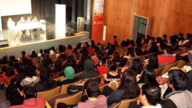 """Las actividades son organizadas por el Centro de Estudiantes de la institución, """"Voces Emergentes""""."""