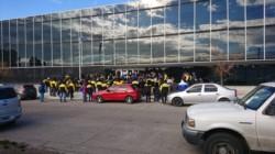 Los empleados viales no pudieron ingresar hoy al edificio   (foto @natiaferrari)