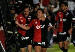Mineiro lo ganaba por un afortunado gol de Chará, pero Colón lo dio vuelta en el ST: Morelo y el Pulga Rodríguez desataron el delirio en Santa Fe