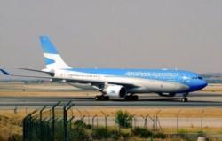 El vuelo AR1303 Miami-Ezeiza enfrentó turbulencia con 8 pasajeros y tripulantes golpeados.