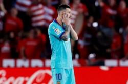 Messi entró en el segundo tiempo pero no logró levantar a su equipo.