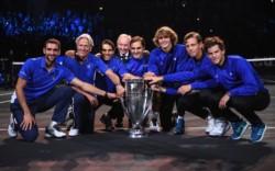 Rod Laver admirando a Roger Federer: Cuando sea grande quiero ser como él