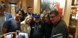 Diego Maradona se reencontró con su ahijada en Córdoba. María Inés, la hija de Humberto Daniel Valencia.