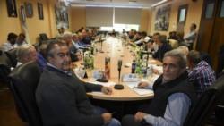 Alrededor de 15 sindicalistas de la CGT, del Frente Sindical para el Modelo Nacional (Fresimona) y de la Corriente Federal se reunieron durante tres horas en la sede central de la UPCN.
