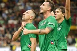 Franck Ribery, de 36 años, recibió una gran ovación del San Siro por su actuación en la victoria de Fiorentina.