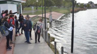 Contingente. Hubo muchos interesados en la actividad en la tradicional Laguna de Trelew.