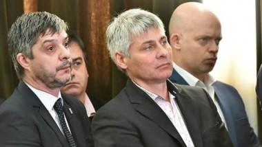 Ayer Cassutti junto a los ministros Gustavo Aguilera y  Adrián Pizzi.