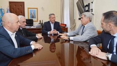Referentes. Desde la izquierda, Sastre, Vivas, Arcioni, Miquelarena y Daroca durante el encuentro.