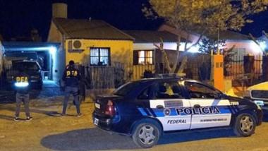 El allanamiento que permitió desbaratar un lugar de ventas de estupefacientes en Puerto Madryn.