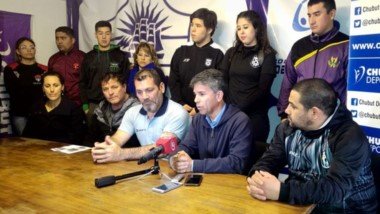 Hablaron Alejandro Vargas, coordinador de deportes del municipio, y David Cárdenas, de Chubut Deportes.