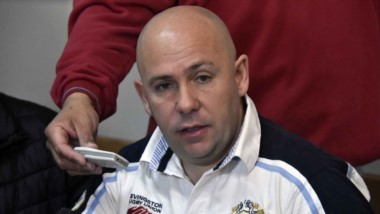 Gustavo Sastre, asambleísta de AFA y titular de Deportivo Madryn, brindó su respaldo a Treuque.