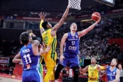 República Checa sorprendió a Brasil al endosarle un contundente 71-93 en su primer partido de la segunda fase de grupos.