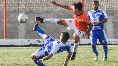 J.J. Moreno, en condición de local, goleó por 3-0 a Deportivo Roca con goles de Gelpi, Bordaberry y Orieta.