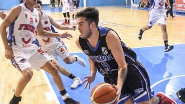 """En el gimnasio """"Benito García"""", Ferro venció a Brown por 70 a 59."""