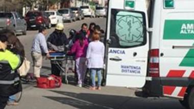 Así era trasladada el miércoles hacia el hospital Isola.
