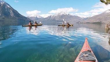Aguas claras. Patriada ofrece todo tipo de actividades náuticas para quienes gustan de la navegación y del rélax que ofrecen estos espejos.
