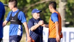 Gimnasia, por la tarde, hizo fútbol en las canchas 3 y 4 bajo las órdenes de Diego Maradona y su cuerpo técnico.