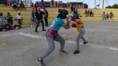 Ayer, en el Anfiteatro de Playa Unión, hubo una exhibición de boxeo.