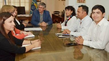 Sin colores políticos. Tras su charla con Ongarato, la ministro pidió trabajar en lo social sin partidismos.