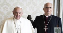 Francisco envió rosarios a militares presos en cárceles o bajo arresto domiciliario por delitos de lesa humanidad, a través del obispo castrense, Santiago Olivera.