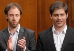 El ministro de Economía bonaerense Pablo López, junto al gobernador Axel Kicillof.