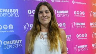 Julia visitó Chubut Deportes. seguirá jugando en España, pero está la idea de dictar clínicas en la provincia.