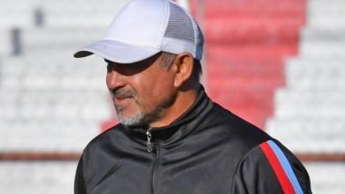 Jaime Giordanella renovó como DT de Racing Club para el Apertura.