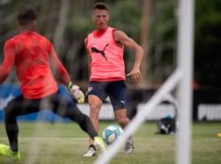 Braian Romero no podrá estar ante River por estar cerrado el TMS en Argentina.