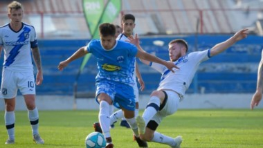 Guillermo Brown demolió por 7-2 al combinado de la Liga de Bariloche. Mañana define el título ante Estudiantes de Caseros, a las 19.