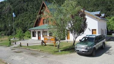 Río Villegas. El puesto caminero de Gendarmería es clave para el control de la ruta 40.