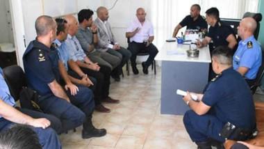 Encuentro. Sastre y Massoni encabezaron la reunión donde se plantearon varias inquietudes.
