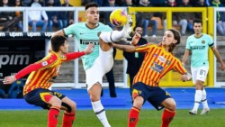 El equipo de Conte ganaba con gol de Bastoni y Mancosu lo empató. La Juventus tiene la oportunidad de estirar la ventaja en la Serie A.