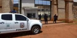 El historial de fugas de cárceles paraguayas, después de la Guerra de la Triple Alianza, es amplia, difiriendo el número de participantes y las causas de las mismas.