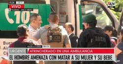 Liberaron al bebé de tres días que era rehén de su padre dentro de una ambulancia.