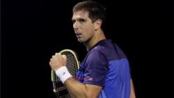 El tercer argentino en la segunda ronda del Abierto de Australia es Federico Delbonis.