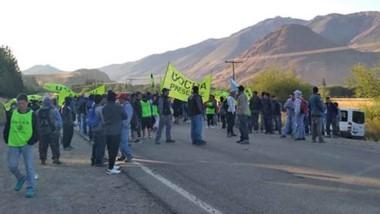 Otra jornada de protesta por parte de los dirigentes del gremios de la construcción que se llevó adelante sobre la salida de Esquel.
