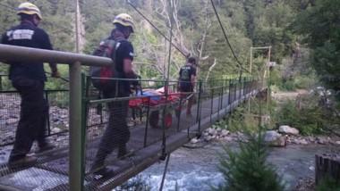 El GEAM efectuó con éxito el descenso para luego trasladar a la víctima hasta el hospital de El Bolsón.