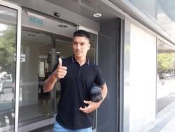 El defensor rescindió con Boca y ahora firmó contrato por un año y medio.