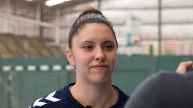 La arquera chubutense Luciana Codesal, fue citada a la preparación del seleccionado argentino de handball, con miras al Preolímpico de España.