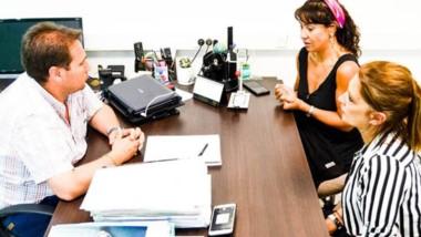 Encuentro. Fita, la ministro y la subsecretaria acordaron el esquema de distribución para Comodoro.