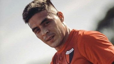 Brian Fernández se ausentó al entrenamiento de Colón.