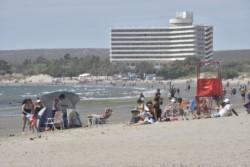Un verano a plena en la ciudad portuaria. (Foto: Juan José De Focatiis / Jornada)